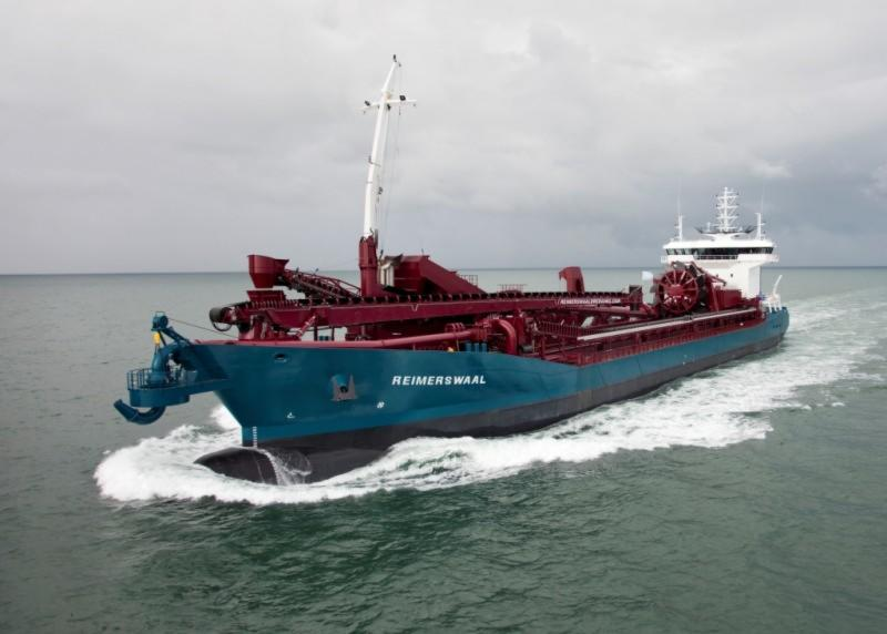 Dredging Bow Couplings / Bow discharge installation - Straatman